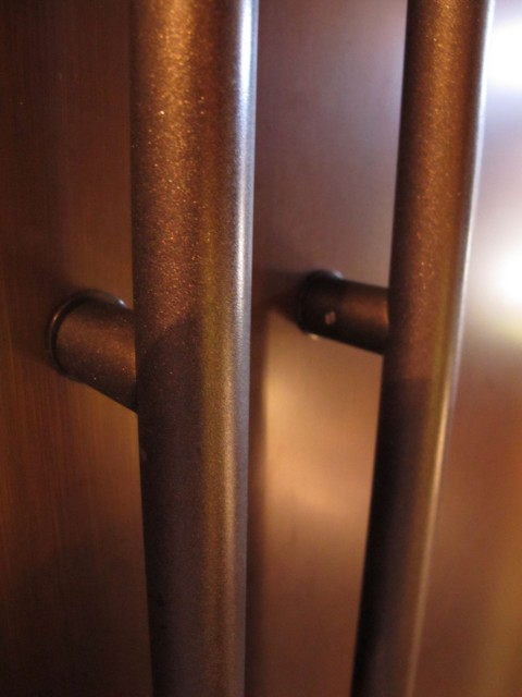 closeup of oil-rubbed bronze hammered spray finish - July 2010