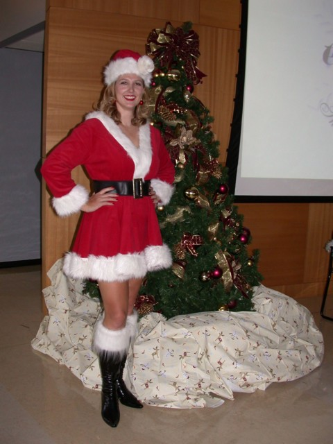Britta Elf, Santa's Helper