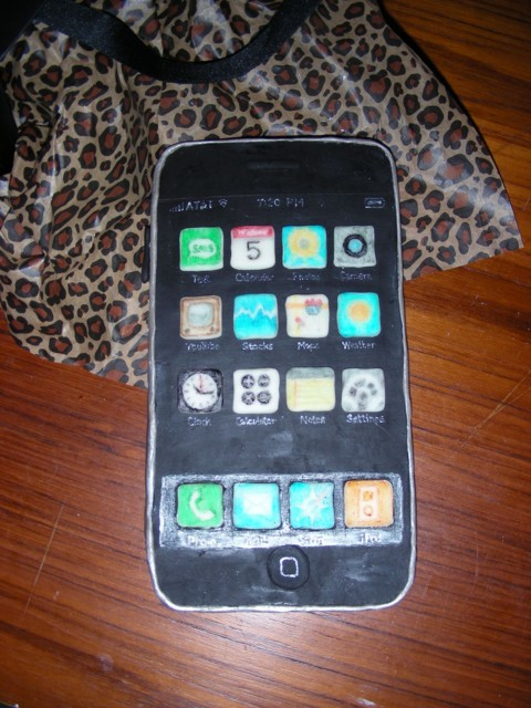 Closeup of finished edible iPhone (9