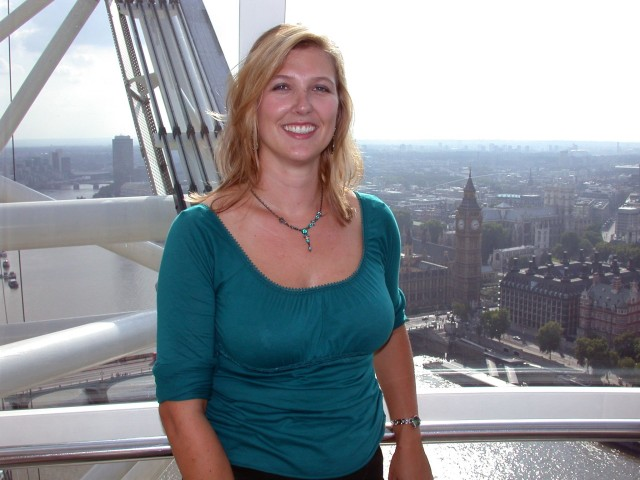 Britta at the London Eye - graciously taken by Andy!