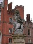 entrance column sculptures at Hampton Court Palace